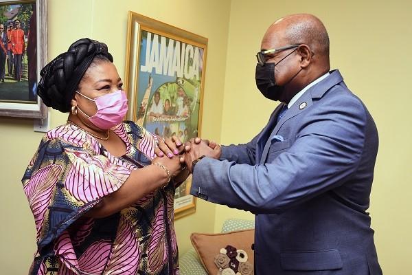Nigerian-High-Commissioner-meets-Min-Bartlett-1